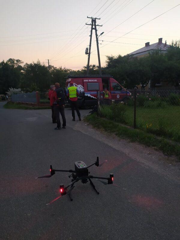 dron_w_akcji_poszukiwawczej